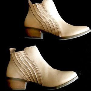 New Never Worn Matisse Boots
